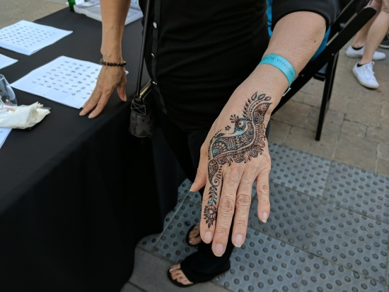Henna Artist | fate of 808 media | Santana Row